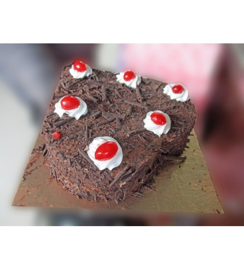 Gupta's Black Forest Cake 1 Pound  (Sayani Fast Food -- Last Order 8:30 PM)